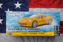 Revell 85-1982 2014 CORVETTE STINGRAY
