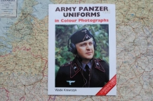 TCP.1-86126-303-1  ARMY PANZER UNIFORMS in Colour Photographs