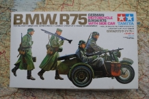 TAM35016  German Motorcycle BMW R75 with Sidecar