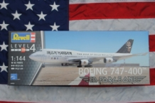 "REV04950 BOEING 747-400 ""ED FORCE ONE"" IRON MAIDEN"