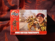 "Airfix A02701  British Paratroopers ""Red Devils"""