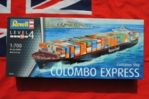 Revell 05152 COLOMBO EXPRESS Container Ship Hapag-Lloyd
