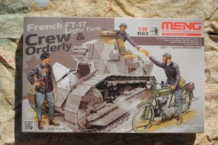 MEHS-005 French FT-17 Light Tank CREW & ORDERLY