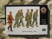 MB.3519  German Captives, 1944