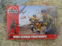 Airfix A02712  GERMAN PARATROOPERS