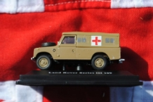 Oxford 711XND2 Land Rover Serie III 109 AMBULANCE