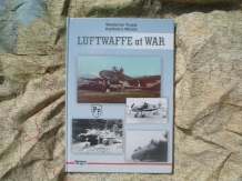 TC.978-83-60041-27-7 LUFTWAFFE at WAR