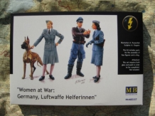 MB.3520  Woman at War: Germany, Luftwaffe Helferinnen