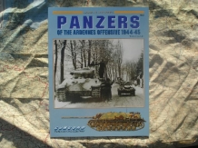 CO.7042  PANZERS of the Ardennes offensive 1944 - 1945