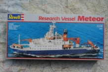Revell 5225 Research Vessel METEOR