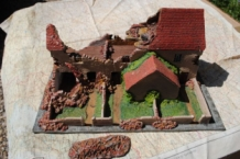 HMiH 40 Ruined Wartime Building Europe Scenery with Removeble Roof