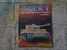 HC.2-908182-81-5  TIGER I On the Eastern front