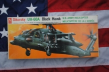 Hobby Craft HC2202 UH-60A BLACK HAWK U.S.Army Helicopter