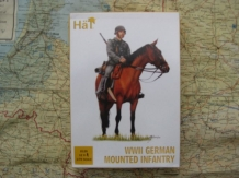 HäT 8120  WWII German Mounted Infantry