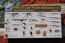 AB3558  WWII US Light Weapon & Equipment Set