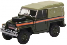 Oxford 76LRL007 Land Rover Lightweight Canvas 'RAF Police'