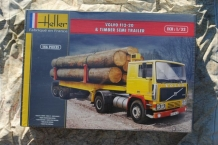 Heller 81704 VOLVO F12-20 & TIMBER SEMI TRAILER